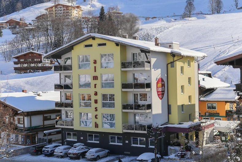 Hotell Almrausch Saalbach Hinterglemm 4